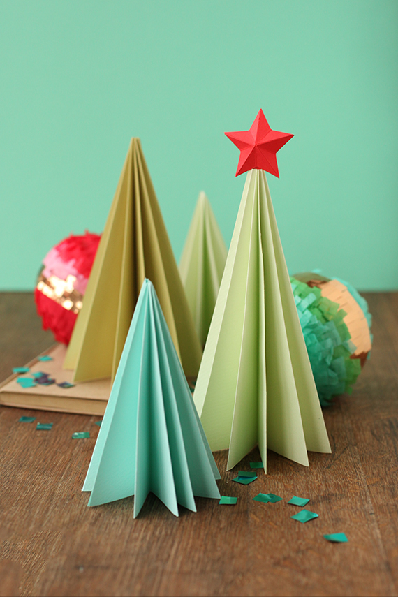 Accordion-style Folded Paper Christmas Trees - 30 Minute ...
