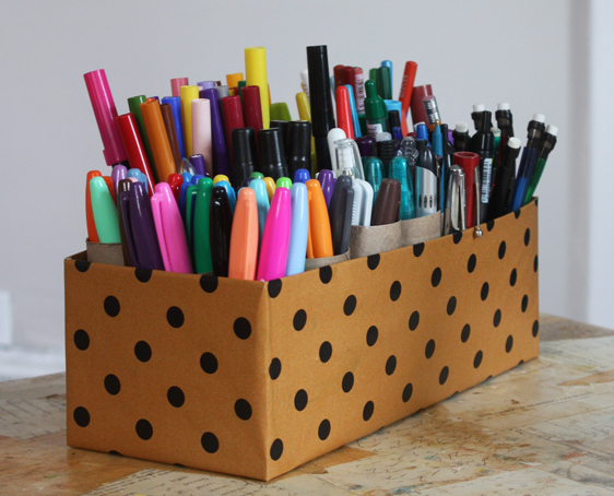 DIY Marker Caddy Aunt Peaches