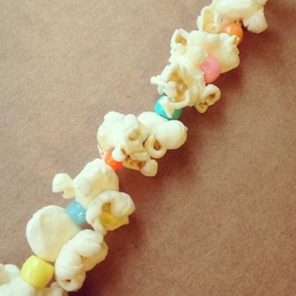 popcorn bead christmas tree garland