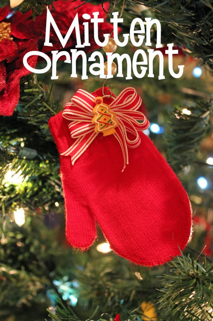 Easy Simple Mitten Ornament