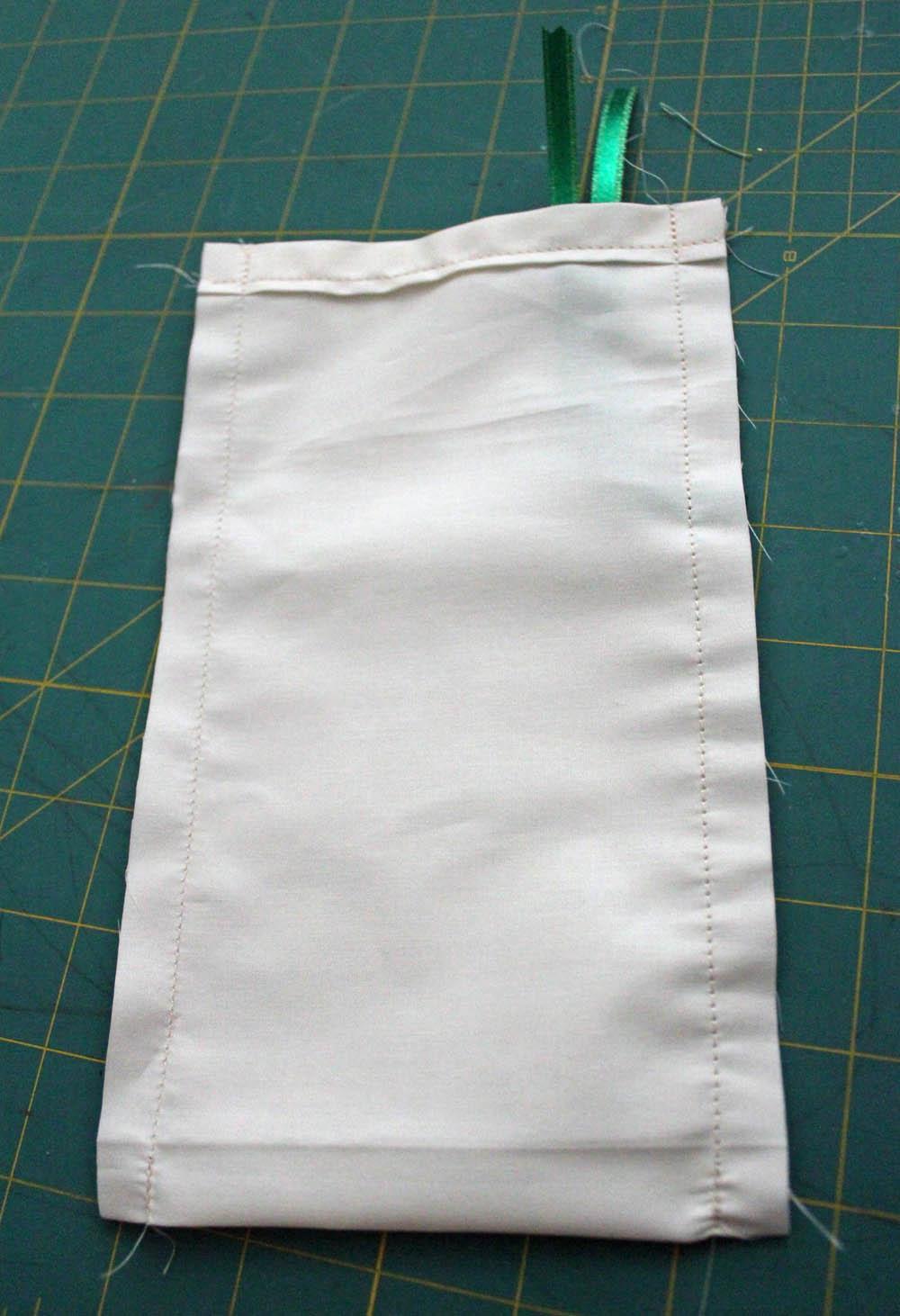 stitch up sides of reindeer food bag