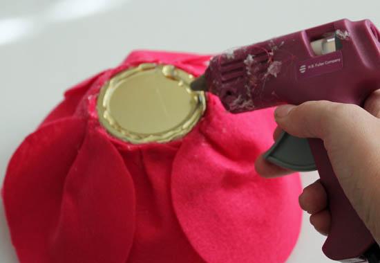 glue base to glass lid