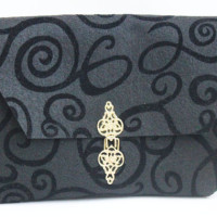 fancy felt clutch - easy to make