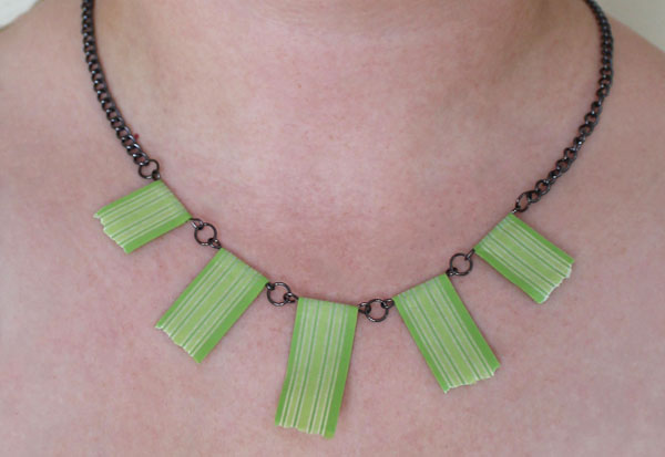 washi tape necklace - switch out the washi tape for new looks!
