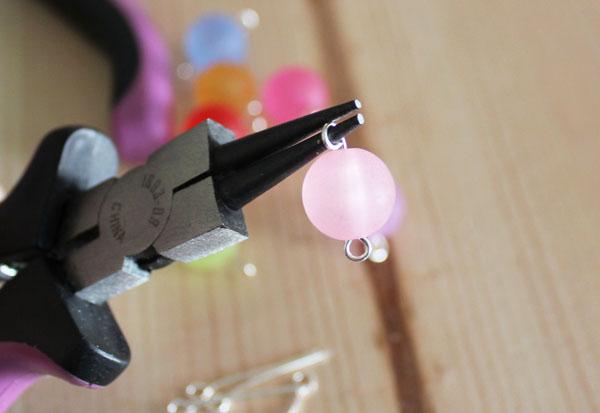 create loop on bead