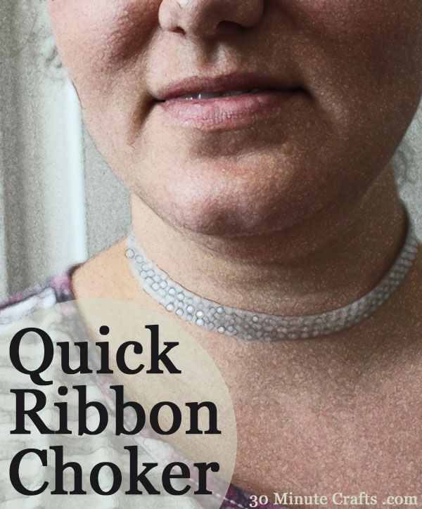 Quick ribbon Choker