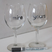 write words on the wine glasses
