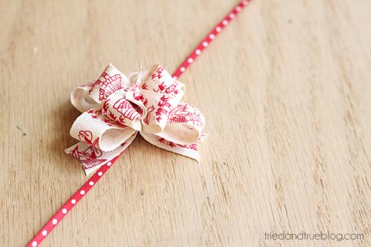 quick bow tutorial at gerbera designs