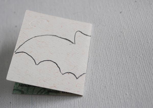 draw bat shape