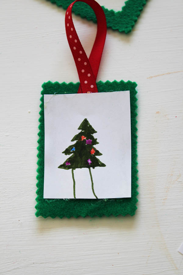 place drawing into felt ornament
