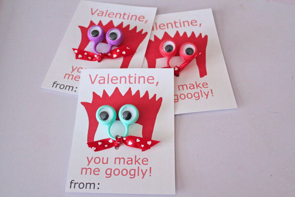 Googly ring valentines