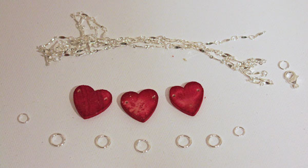 Hearts ready for Necklace