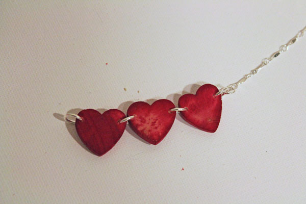 attach chain to necklace