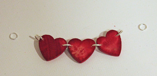 connect hearts with jumprings