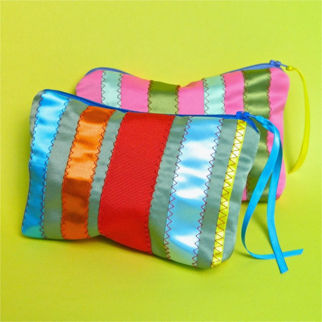 lined ribbon zipper bag