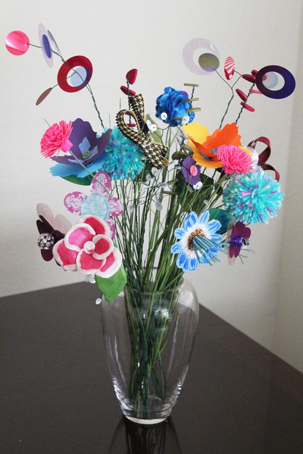 Giant Crafty Flower Bouquet - 30 Minute Crafts