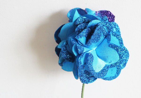 sparkly glitter-tipped flower