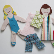 Magnetic paper dolls with phoomph