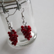 Make 2-minute cluster earrings