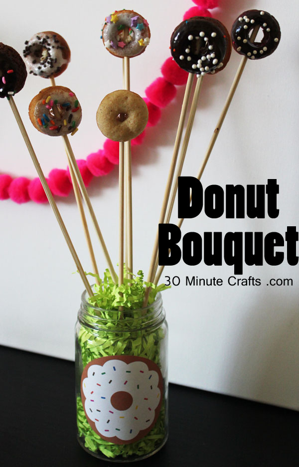 Donut bouquet - easy to make with mini donuts