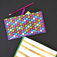 Quick-and-Easy-No-Sew-Duck-Tape-Zipper-Pouches