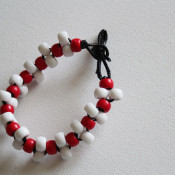 make a pony bead bracelet