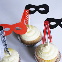 Simple Halloween Cupcake Toppers