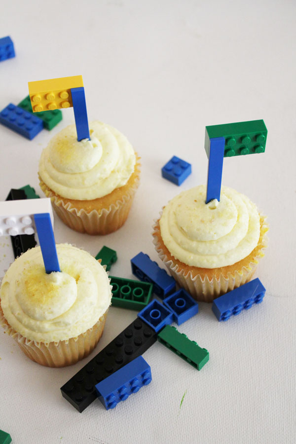 Simple Lego Cupcake flags