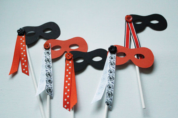 Simple Mask Cupcake Toppers