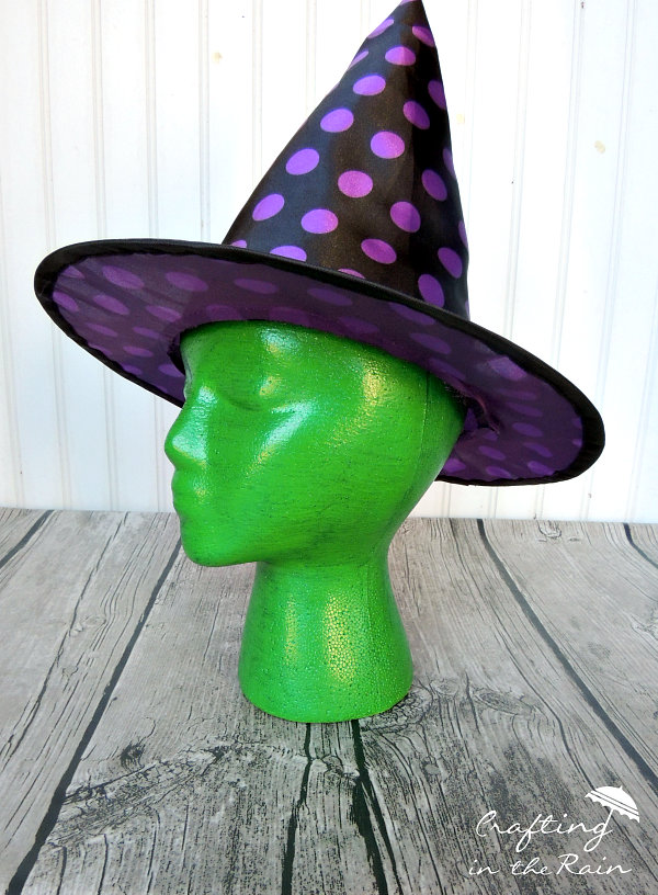 green-witch-head