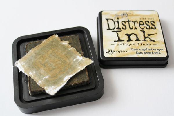 use distress ink