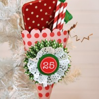 Christmas-Gift-Wrap-with-Header-by-Jen-Gallacher