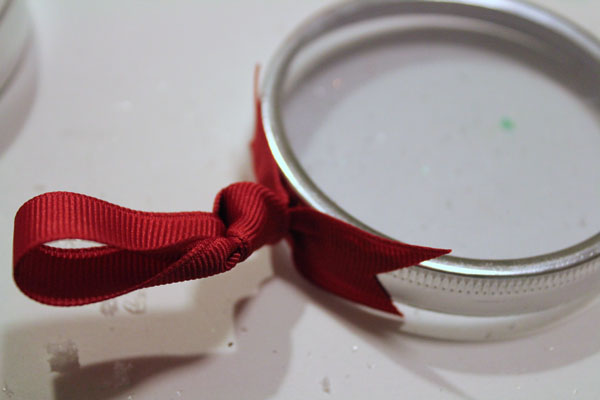 glue ribbon to lid