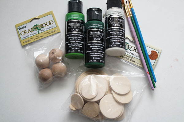 supplies for Green Eggs and Ham Wooden Play Food
