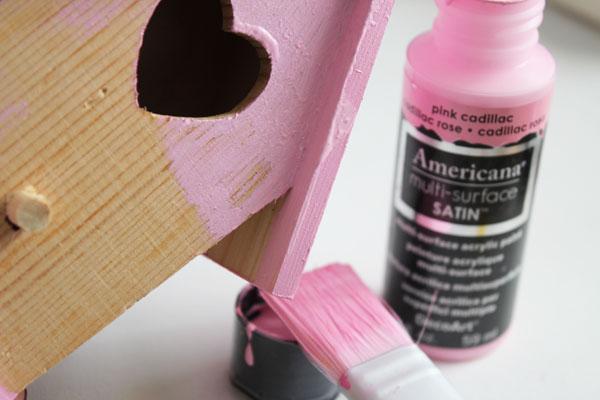 paint birdhouse
