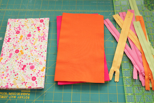 cut fabric for zippered pouches