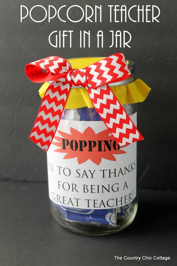 popcorn-teacher-gift-in-a-jar