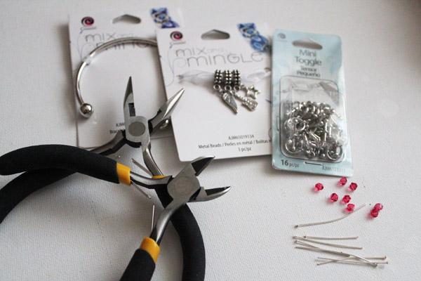 DIY Interchangeable Bracelet Charms