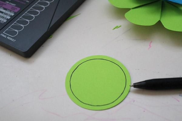 write in circle
