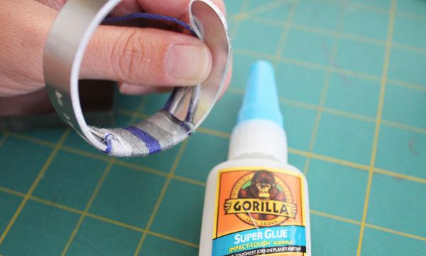 dab on glue
