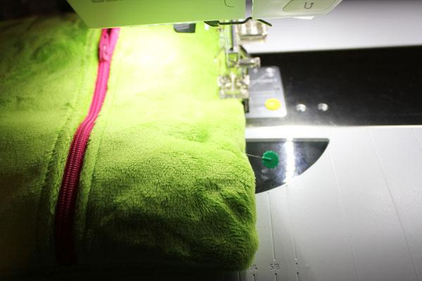 stitch bottom closed