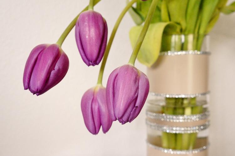 Spray-Paint-and-Rhinestone-DIY-Wedding-Vase