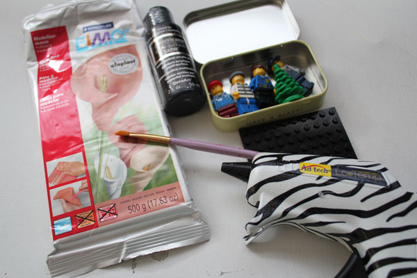 supplies for lego tin