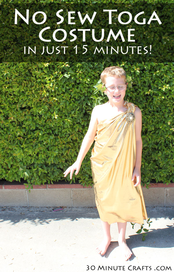 No Sew Toga Costume in 15 Minutes