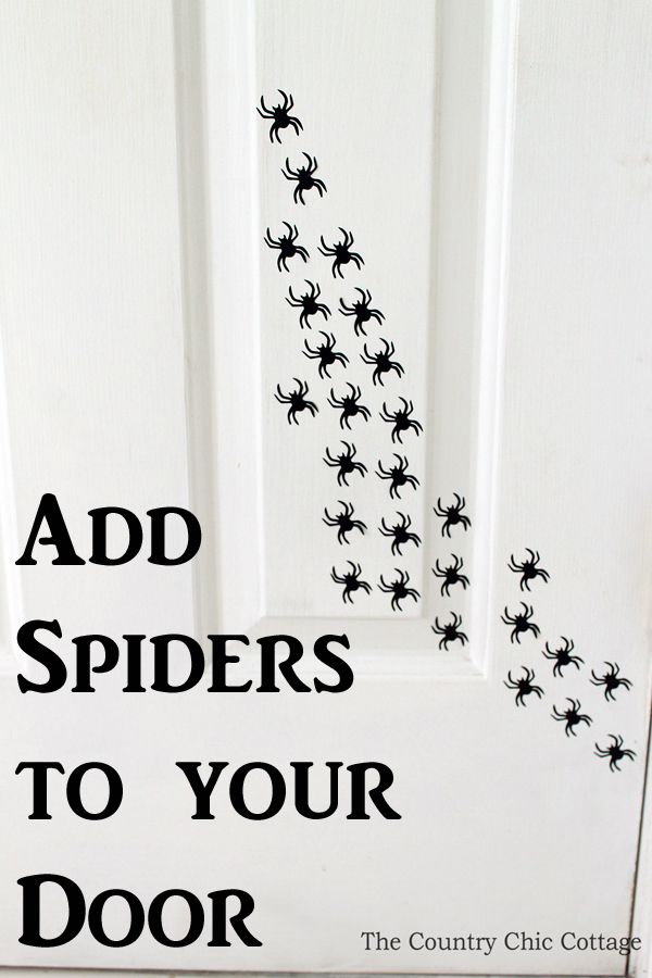 add-spiders-to-your-door-for-Halloween-005