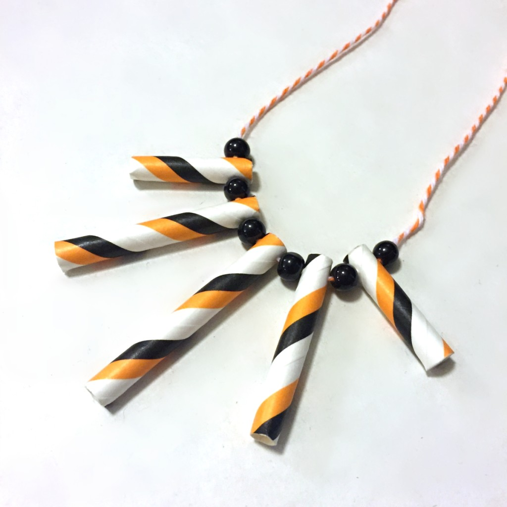 halloween-necklace