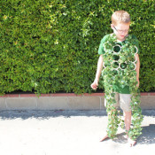 make a creeping vine costume