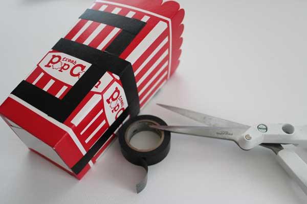 tape-lines-on-box
