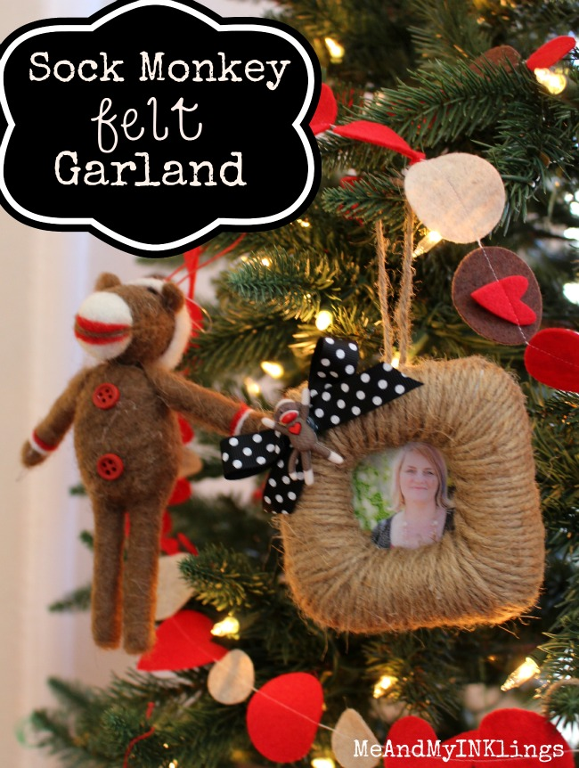 Sock_Monkey_Garland