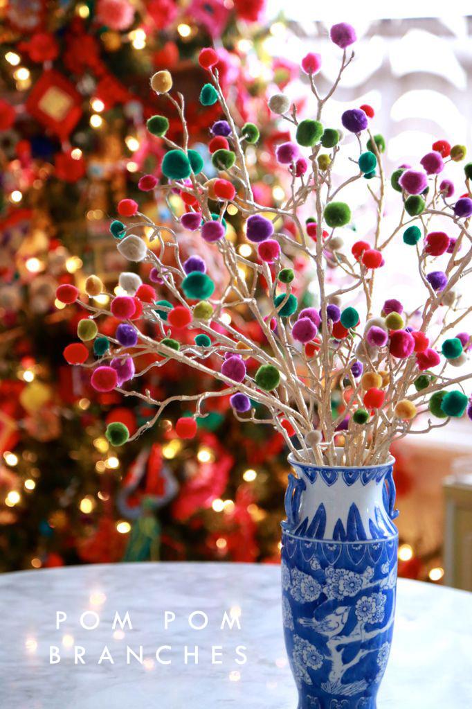 pom-pom-gum-drop-christmas-craft-EE